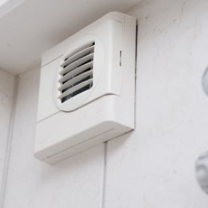 ventilatie in de badkamer